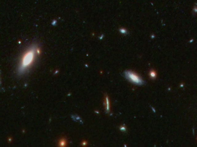 Pan distant galaxy cluster