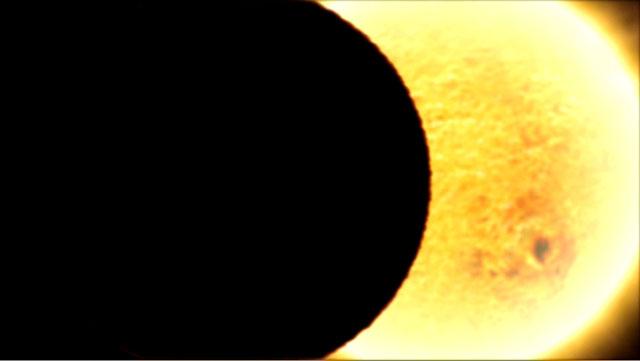 HD 189733b transiting its parent star (artist's impression)