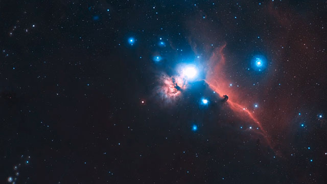 Zooming in on the Horsehead Nebula (2D)