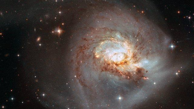 Pan on NGC 3256