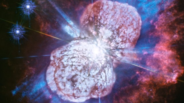 Zoom on Eta Carinae